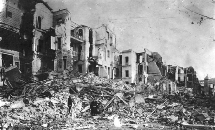 Самые страшные землетрясения последнего века (20 фото)