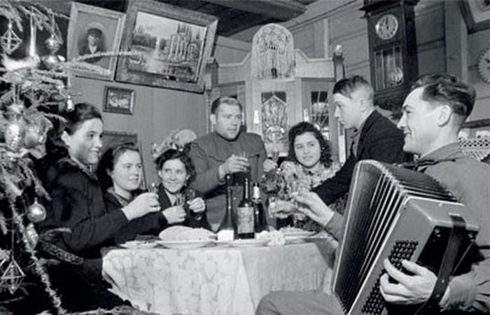 30 новогодних ретро-фотографий из СССР